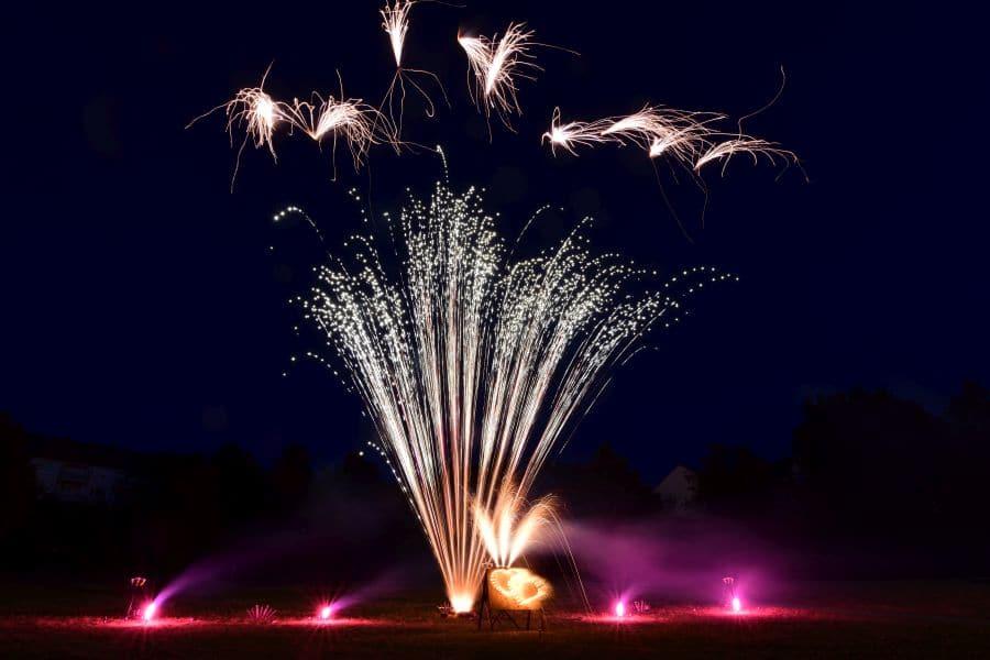 lichterbild-hochzeitsfeuerwerk-pyrostern-1
