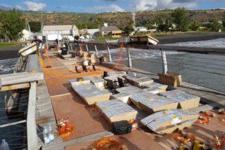 diverse Feuerwerksbatterien für das Großfeuerwerk auf La Réunion