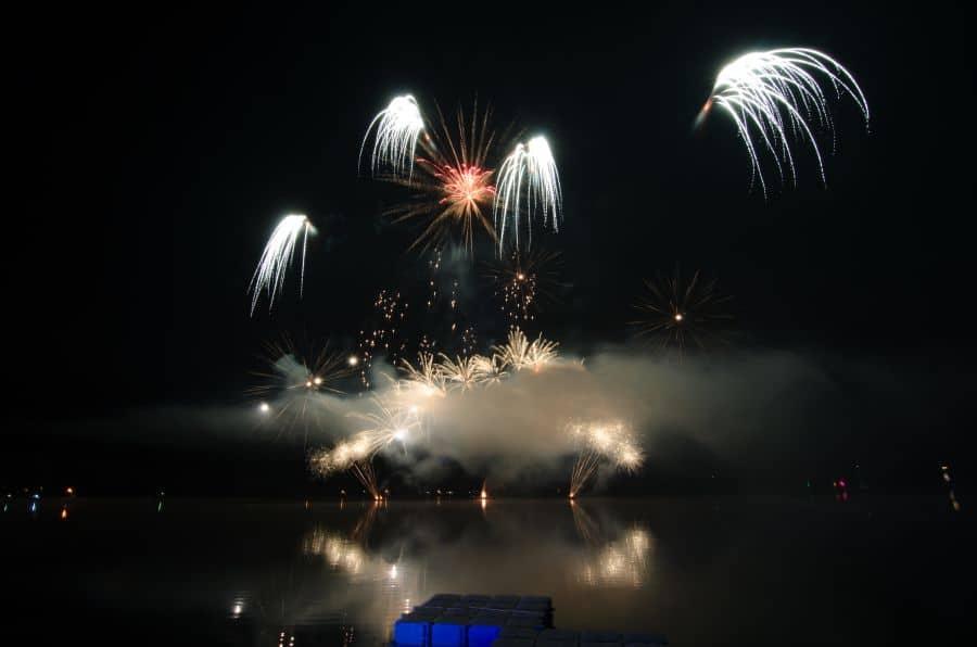 "Feuerwerk ""Tankumsee in Flammen"""